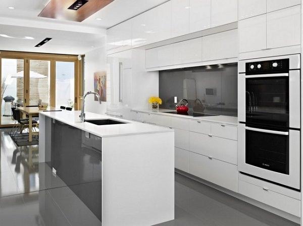 «Бела» (12) модерн, островная, прямая, белый